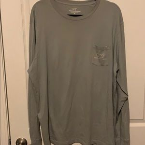 Vineyard Vines Xl t-shirt